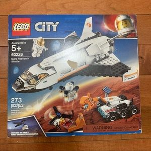 New! LEGO City Mars Research Shuttle 273 Pieces